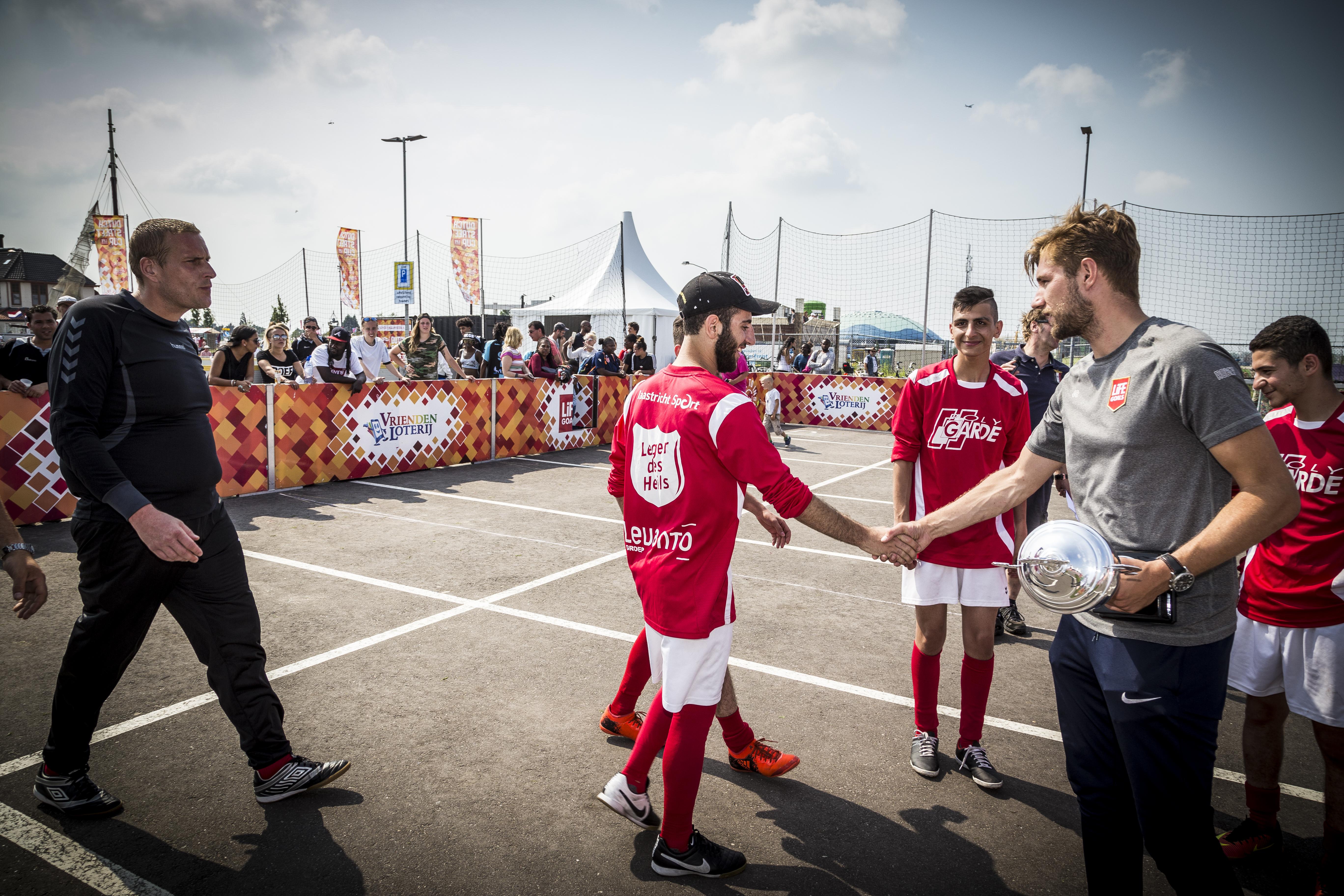 Lars Timmermans deelt de prijzen uit op Life Goals Festival Harderwijk x Veluwe Games 2018
